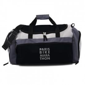 Sporttas met ritsvakken en verstelbare draagband