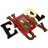 Chocoladeletter met sticker op doosje (175 g)